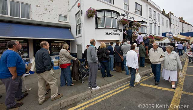 queue at magpie cafe, whitby