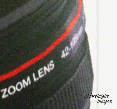 42-105 zoom