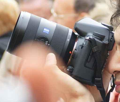 a900 + 16-35 zeiss lens