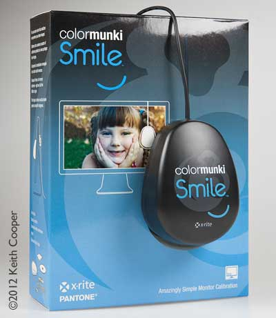 Colormunki smile colorimeter and pack
