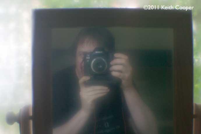 fuzzy f/2.5 lens