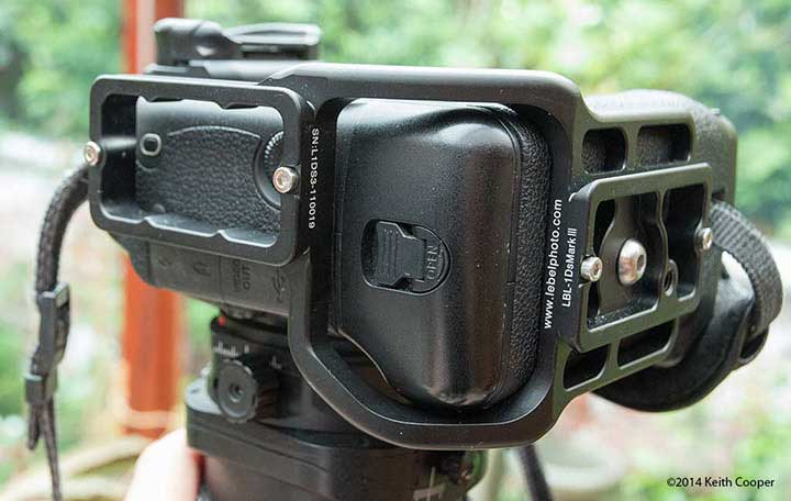L bracket attached to 1Ds mk3