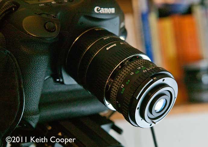 28mm extreme macro lens