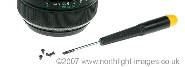 lens mounting screws