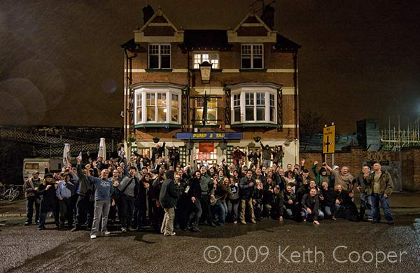 Midnight - Tuesday 24th Nov, 2004. The final gathering outside of the Pump and Tap
