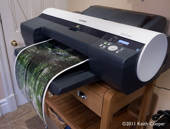 Canon iPF5100 printer with roll paper
