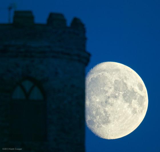 selective sharpening of moonrise image