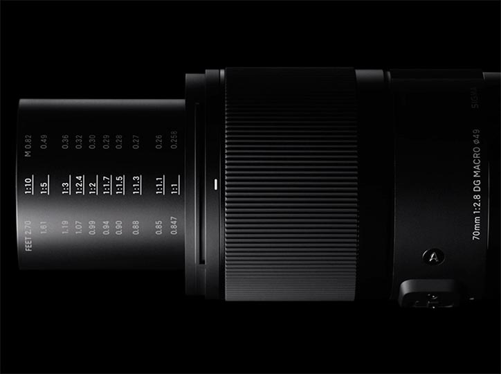 70mm-f2.8-DG-MACRO-Art-lens