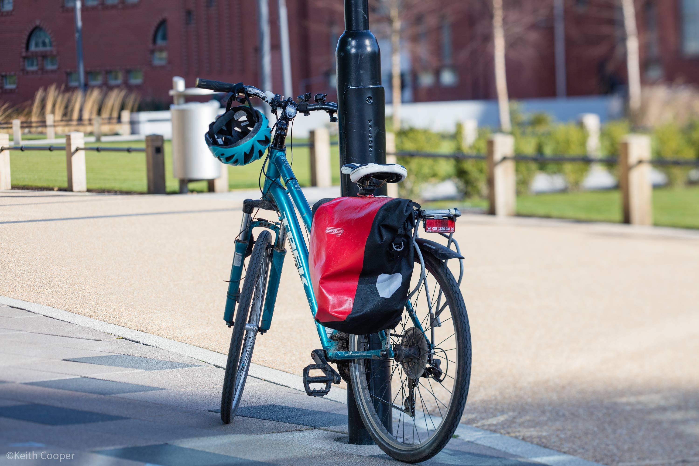 bike with lens swing
