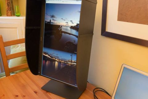 BenQ SW240 monitor hood SH240