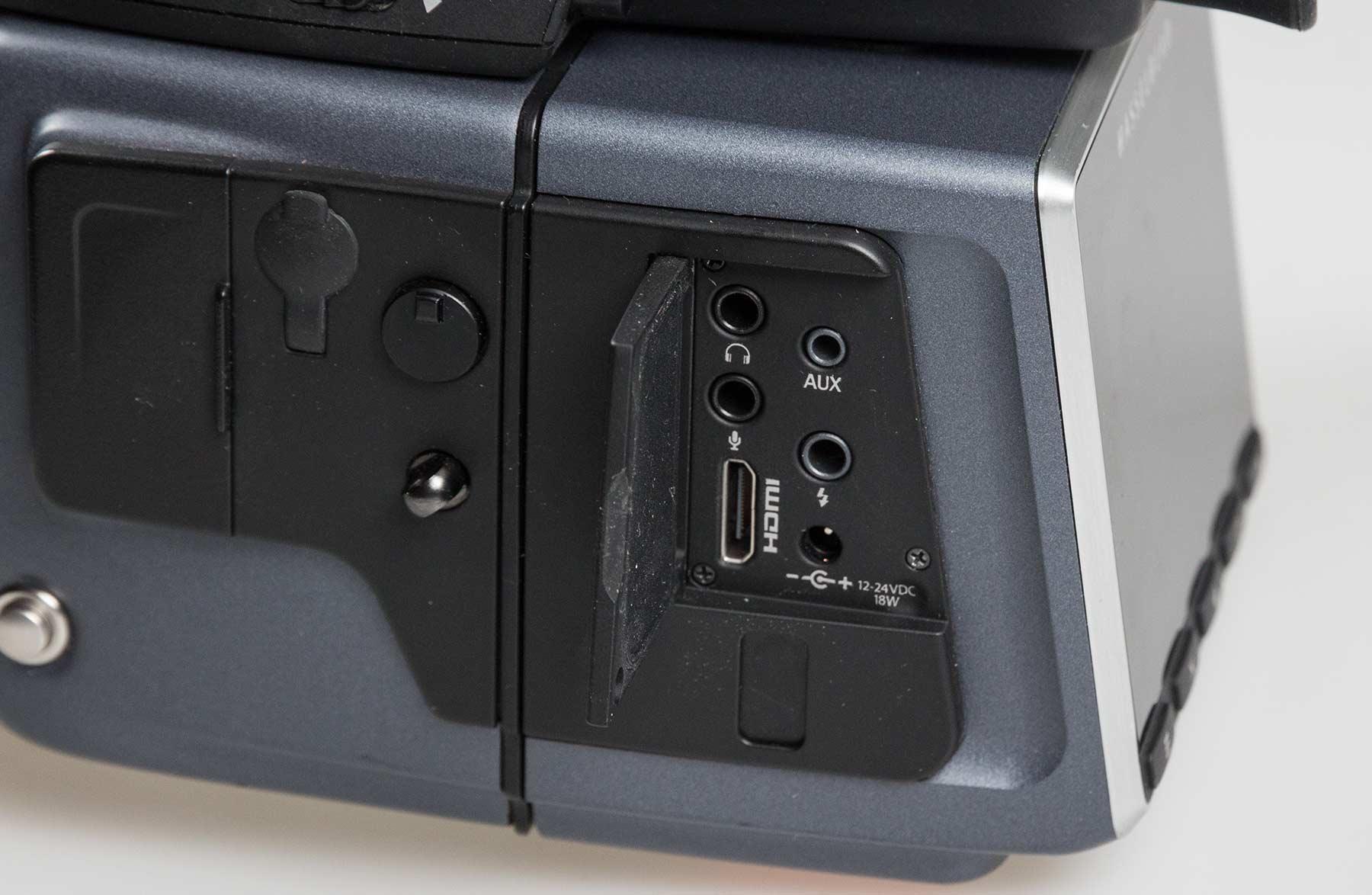 camera-back-ports