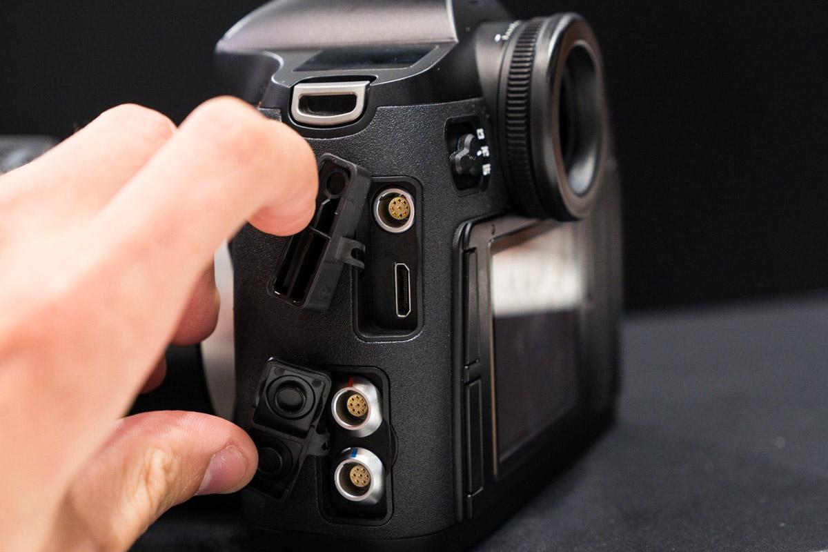 Leica-S-medium-format-camera