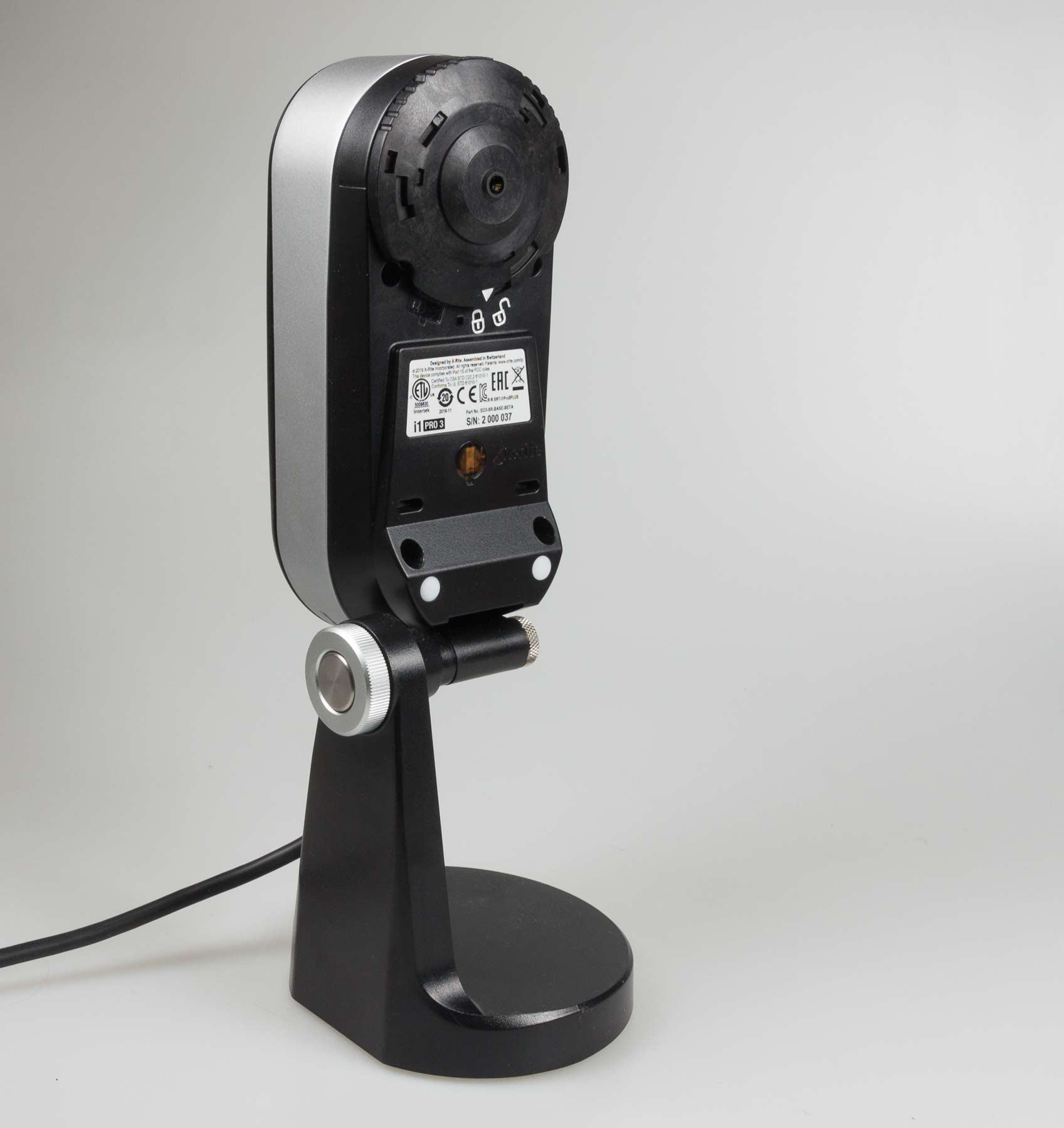 i1pro3-on-stand