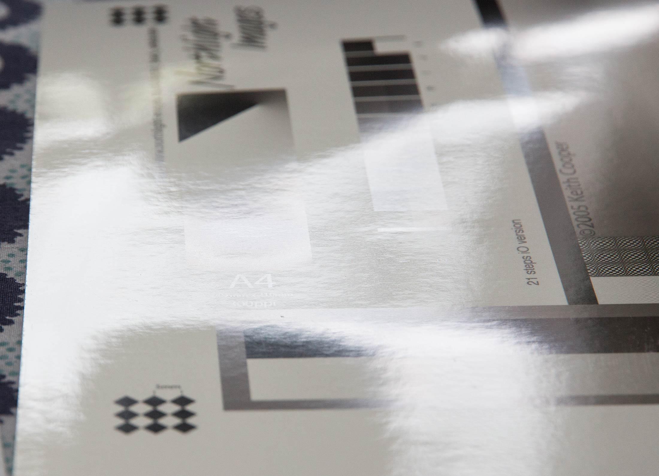 gloss-bw-surface