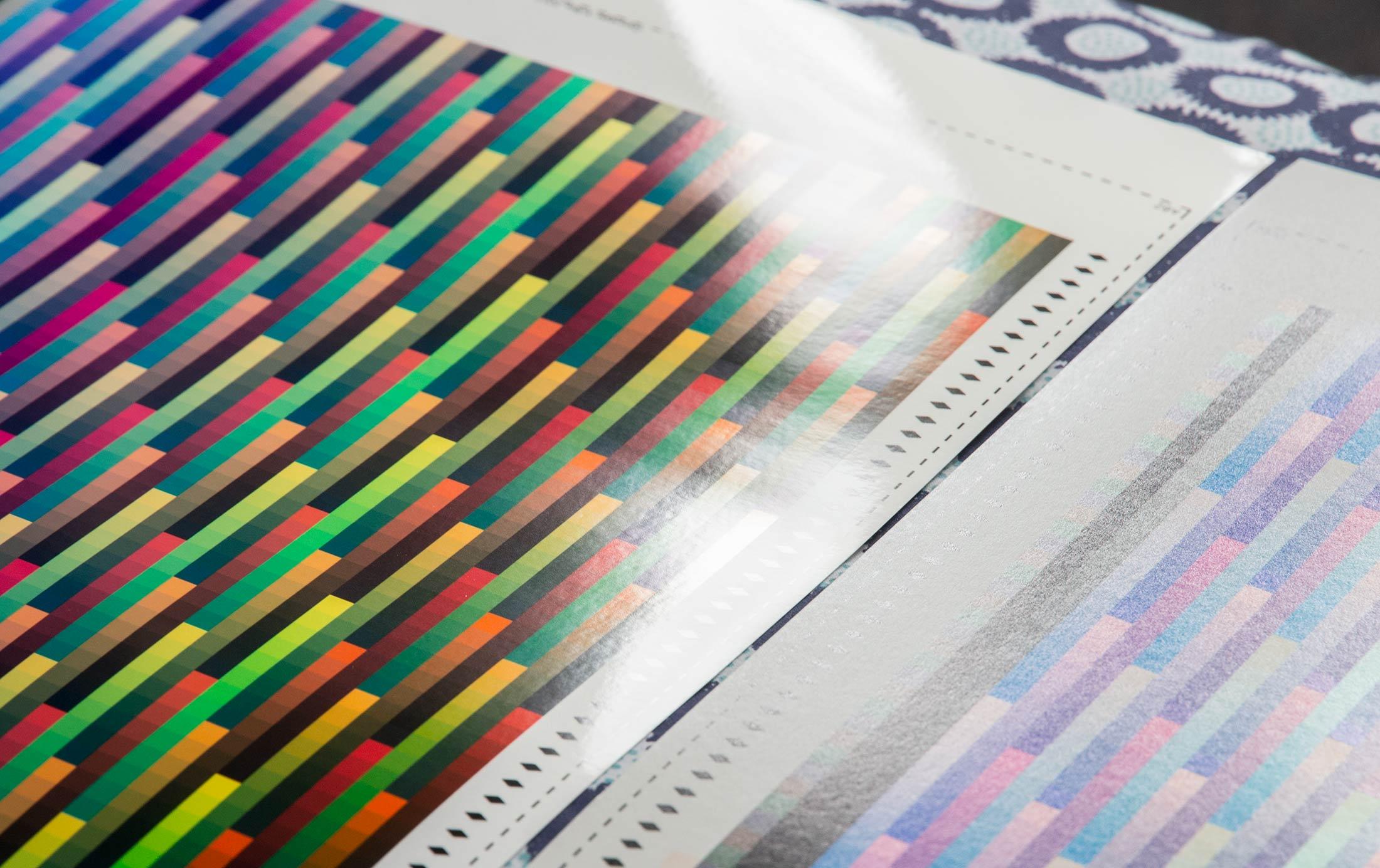 gloss-colour-surface