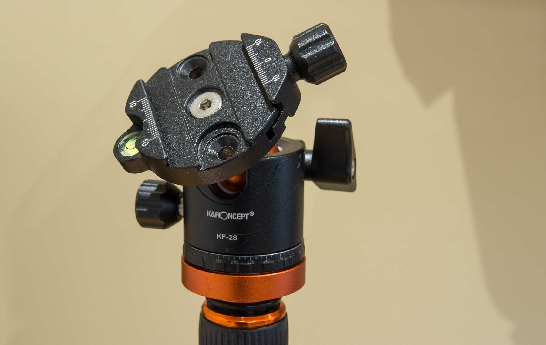 head-mount-and-level
