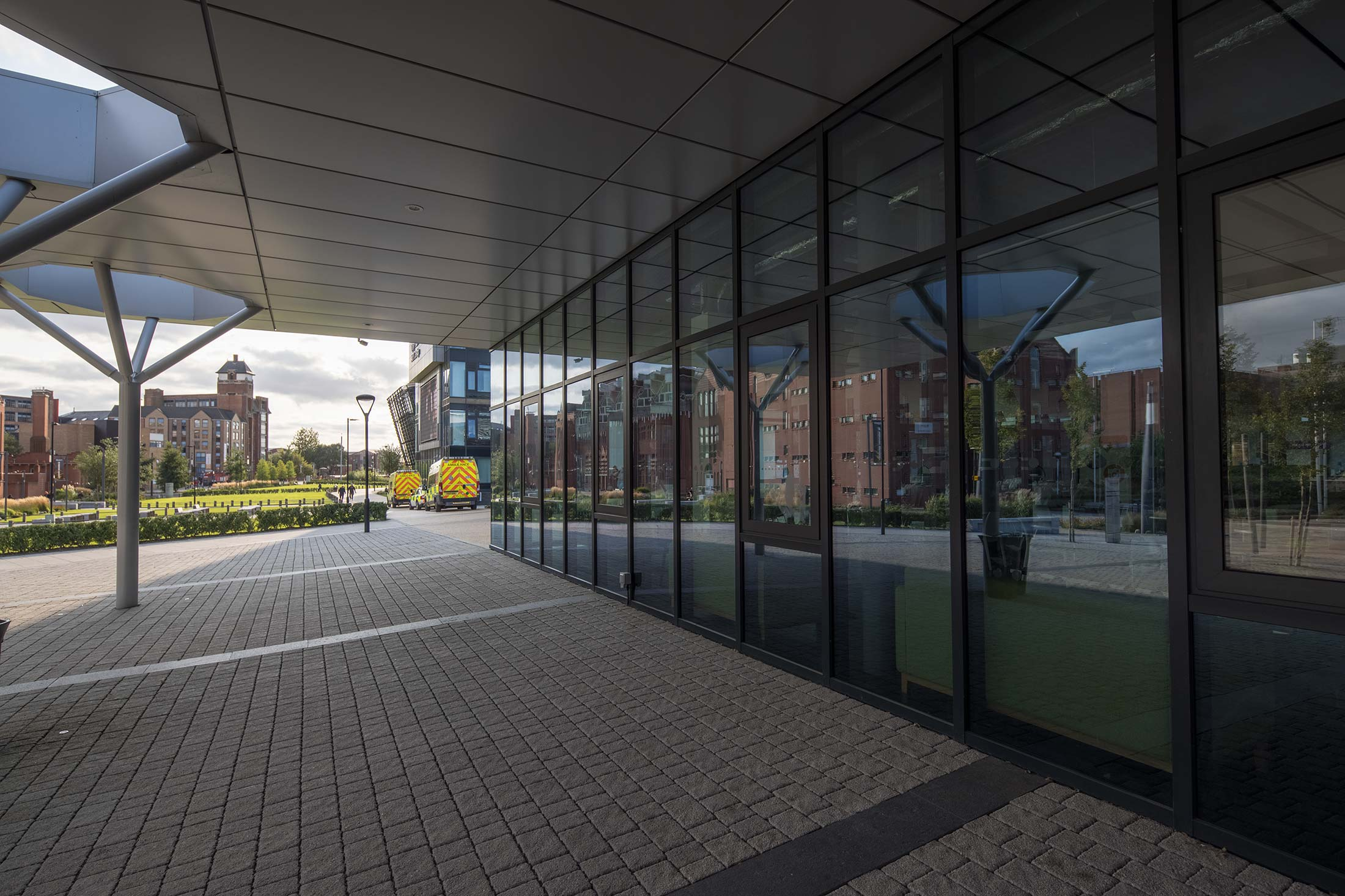 windows with polariser 2