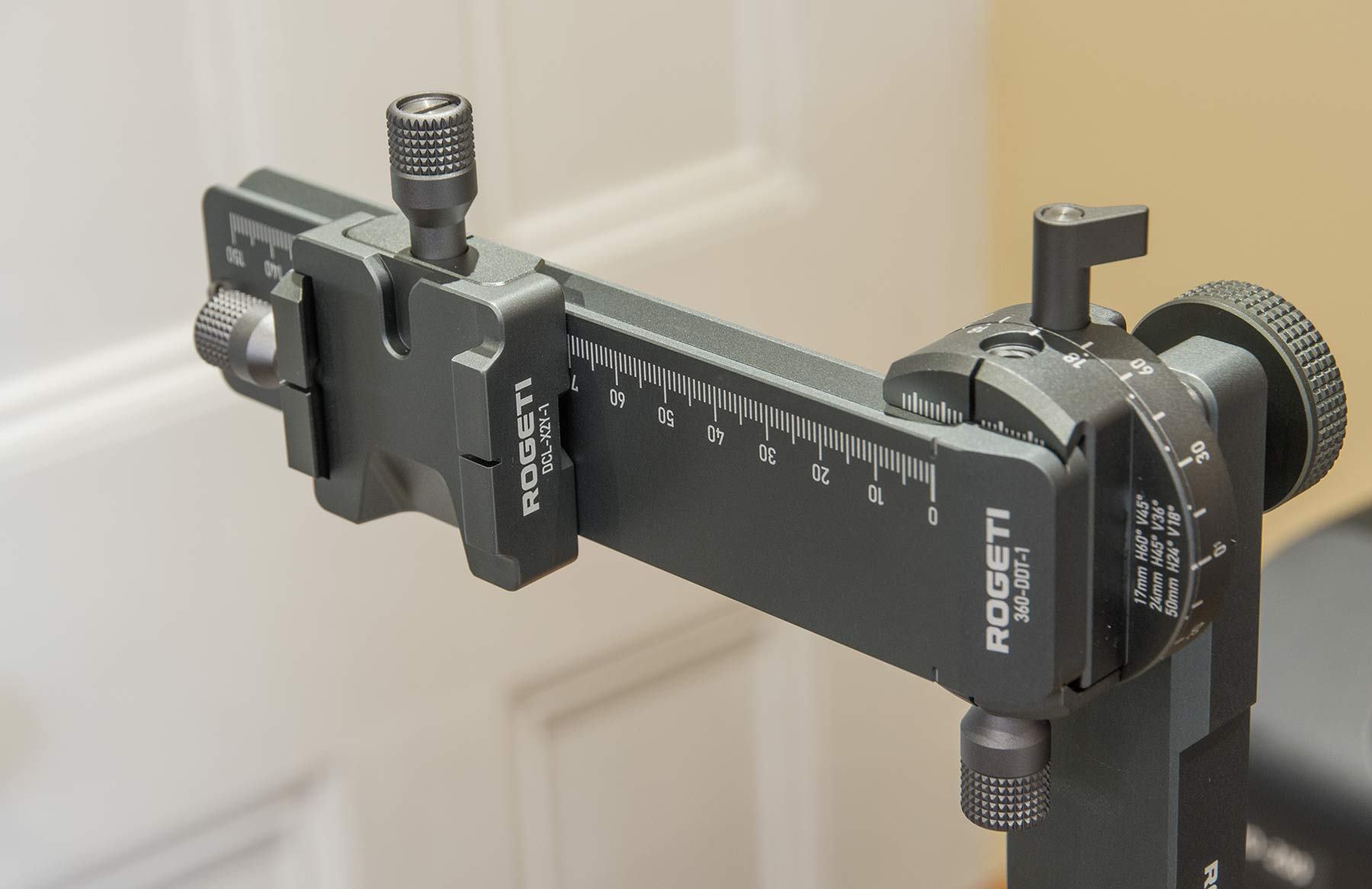 camera-x-y-plate