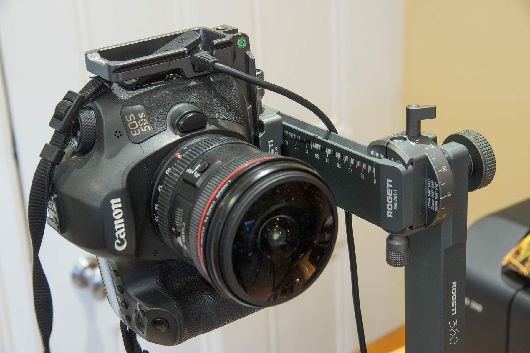 camera-fitted-front
